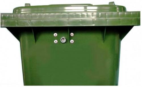 Dreikantschloss für Kunststoffbehälter inkl. 1 Schlüssel - montiert